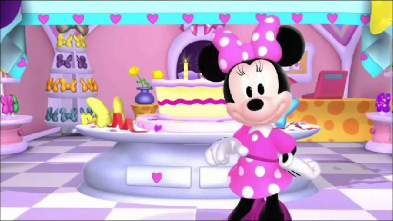Minnie Wishes First Lady Darlene Roberts Happy Birthday