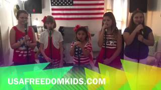 BEST NATIONAL ANTHEM EVER BY USA FREEDOM KIDS!