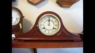 31 Day Mantel Clock With Mahogany Pattern At Bottom