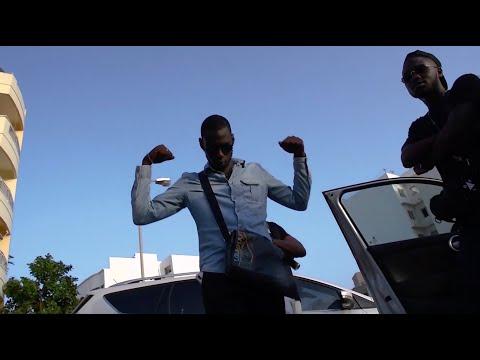 Youtube: Kaki Santana 667 – Makin cash