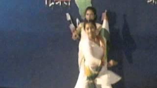 "Bharat humko jaan se pyara hai dance Perfomance by ""CHAMRAIL HIGH SCHOOL"""