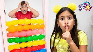 Maria Clara e JP brincam com balões mágicos ♥ Maria Clara and JP kids play with balloons