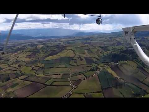 Vuelo Tulcan - Quito en helicoptero 2012 HD
