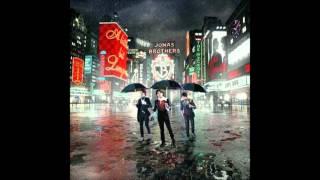 Jonas Brothers - Got me going crazy audio