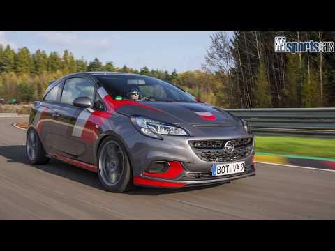 KAMPFKRÜMEL: Klasen Corsa OPC (307 PS) am Sachsenring - AUTO BILD SPORTSCARS
