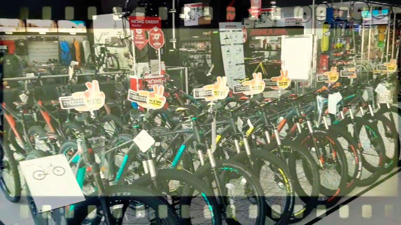 Toko Sepeda Terbesar di Indonesia 😱 - YouTube