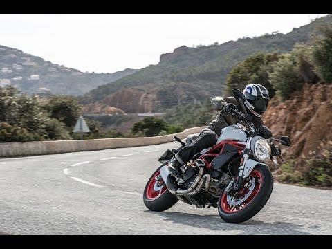Ducati Monster 797   Presentación / Primera Prueba / Test / Review en español   motos.net