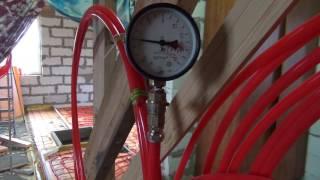 самодельная опрессовка труб теплого пола(Проверка труб теплого пола давлением с использованием автомобильного компрессора. 3 очка в статике дает..., 2016-07-29T11:35:11.000Z)