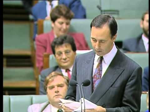 """Paul Keating: """"It's the Liberal party up to their old game"""""""