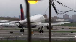 Awesome New York LaGuardia Airport spotting in HD (ZERO G 727 parked in background!)