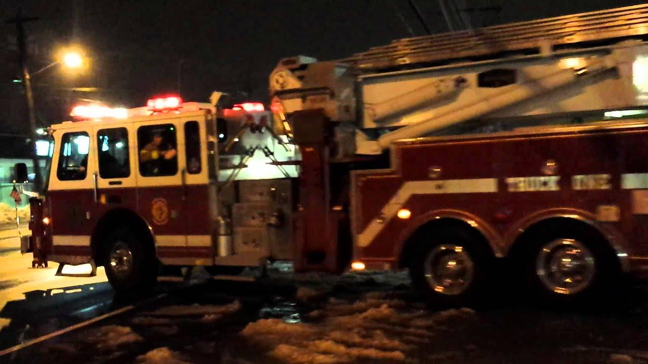 Truck One, Garden City Park responding - YouTube