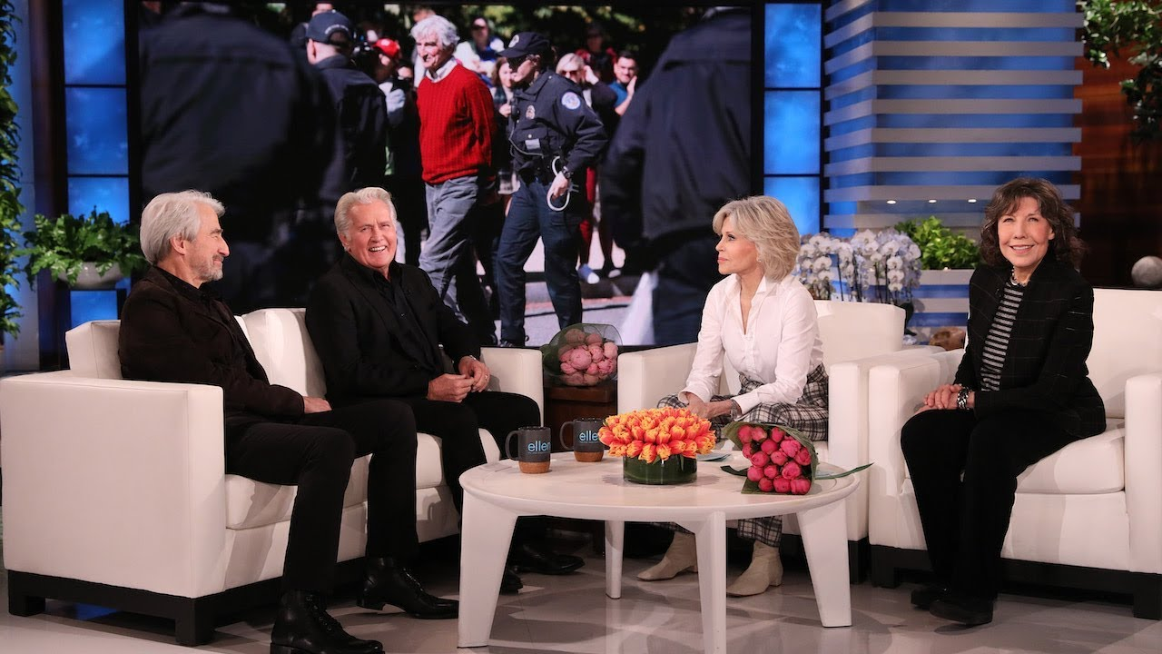 Download Martin Sheen & Sam Waterston on Getting Arrested with their 'Grace and Frankie' Co-Stars