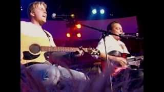 Gunnar Nelson and David Cassidy sing Ricky Nelson-multiangle video