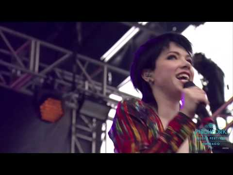 Carly Rae Jepsen - When I Needed You (Live at Pitchfork Music Festival 2016)