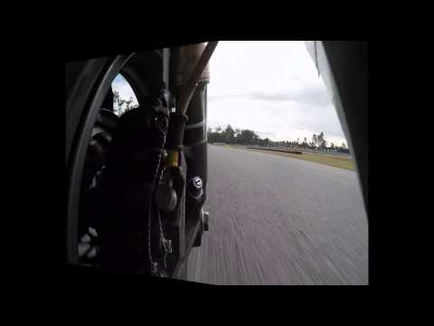 Awesome Electric Superbike racing. Varley and Voltron-evo at