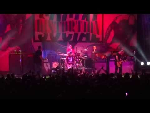 Social Distortion perform their self-titled album - full show