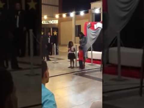 """Zuleyka Barreiro Y Sus Hijos Cantando La Alabanza """"Cuan Grande Es Dios"""""""