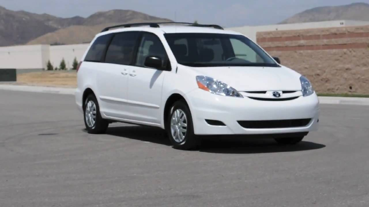 toyota sienna 8 seat feature demo hd video youtube. Black Bedroom Furniture Sets. Home Design Ideas