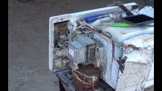 Extracting the Radioactive Material (Thorium) From a Microwave