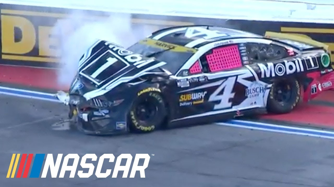 Kevin Harvick's day ends with late wreck   NASCAR