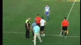 Un árbitro para el partido porque le roban el coche