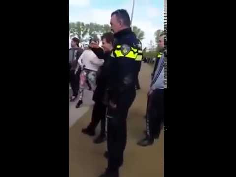 Sja, euh, dit: Einz, Zwei Polizei. Drei, Vier Gr..