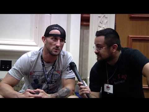 Verbal Tap Cast Interviews Bubba McDaniel (UFC Fan Expo 2013, Part 1)