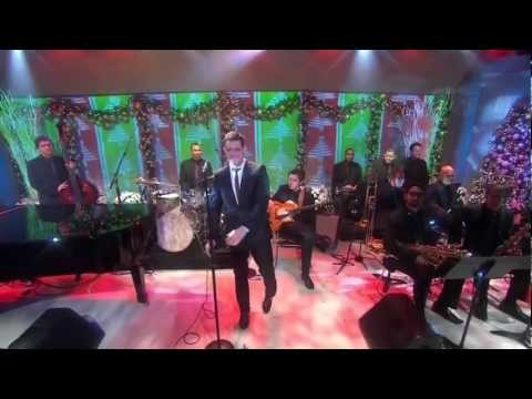 "Michael Buble feat. Graham Dechter ""Holly Jolly Christmas"" (Live on the Today Show)"