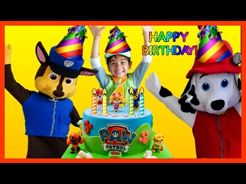 Thumbnail: PAW PATROL Birthday Party in REAL LIFE Nickelodeon Opening Presents Surprise Toys PAW PATROL Videos