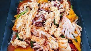 [EngSub] Vlog 22 | Mực Xào Chua Ngọt (Sweet Sour Stir-fried Squid)
