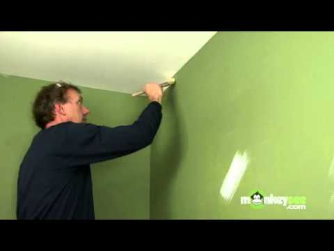 Painting Walls Edging With A Brush