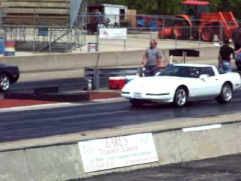 white c4-corvette