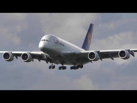 Frankfurt Airport Plane Spotting. Takeoffs and Landings, Plenty of Airlines