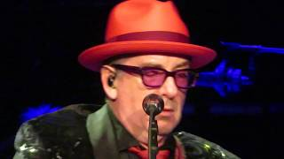 """Elvis Costello & the Imposters """"(I Don't Want to Go to) Chelsea"""" Chicago Theatre - 11-22-19"""