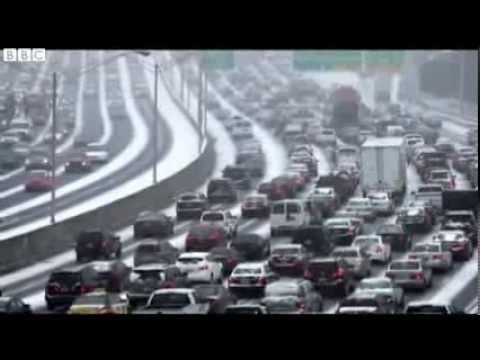 US deep South snow storm maroons motorists