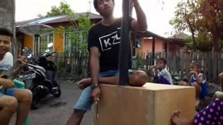 Musik tradisional maluku utara - Yanger TARAU - Stafaband