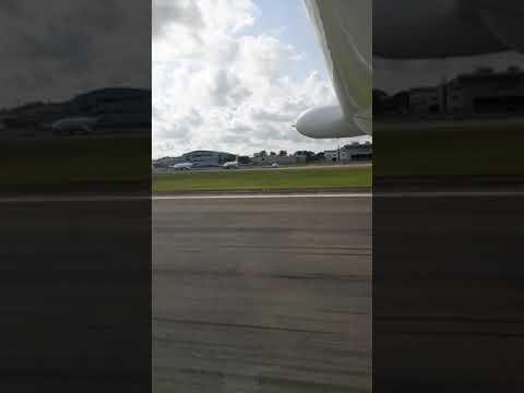 C208B Taking off from Seletar Airport (SIN)