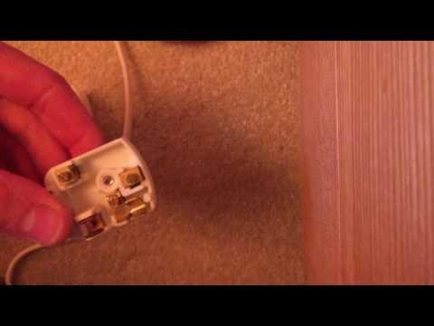 Replacing a 2 pin Euro plug with a UK plug on a Mathmos Fluidum