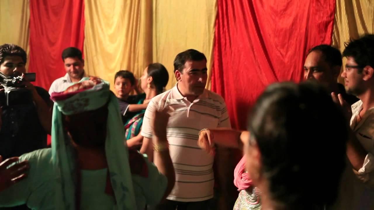 Inai Party Mehndi Red : Wedding india delhi mehndi party youtube