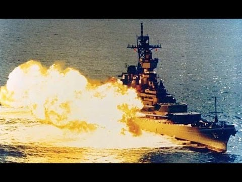 WW2 US Warship Alabama Battleship Firing Picture