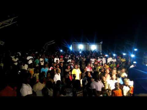Barakina Tournée Basu Mamaki Live TAHOUA