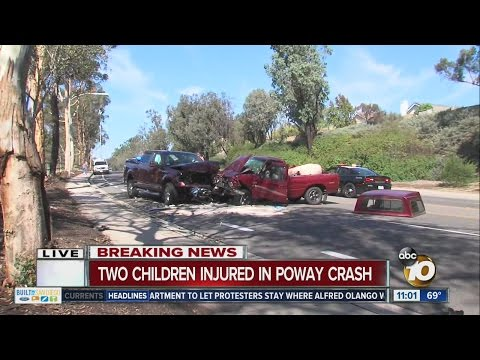 Poway head-on crash injures four, Twin Peaks Road closed