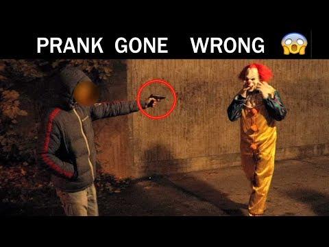 Halloween PRANK Gone  Wrong 😱-Julien Magic
