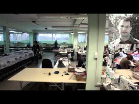 Skydance paramotorsport bezoekt Dudek paragliders