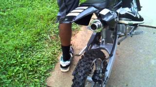 125cc dirt bike start up.