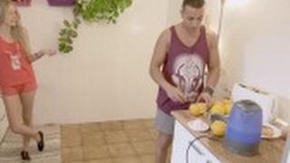 Jordi se enfrenta al 'gran reto' de preparar el desayuno a una mujer  - Casados a primera vista