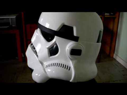 pr sentation du casque de stormtrooper par master replicas. Black Bedroom Furniture Sets. Home Design Ideas