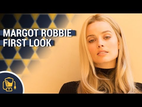 First Look at Margot Robbie as Sharon Tate in Once Upon a Time in Hollywood