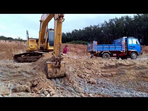 รถแม็คโครตักดิน  ใส่รถดั้ม 6 ล้อเทดิน งานขุดสระ Excavator KOMATSU Pc160