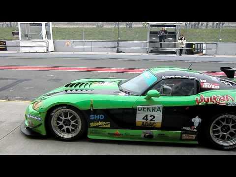 Christopher Brück/Marc Basseng  Boxenstop Rennen 1 GT Masters in Oschersleben